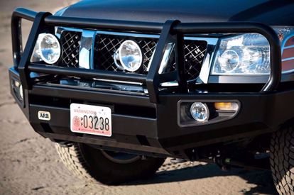 Picture of ARB 3438320 09-17 Nissan Frontier Front Deluxe Steel Bumper