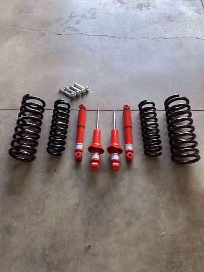 Picture of Alldogs Offroad Complete Lift Kit w/ Koni 82 Series Shocks for R51 Nissan Pathfinder